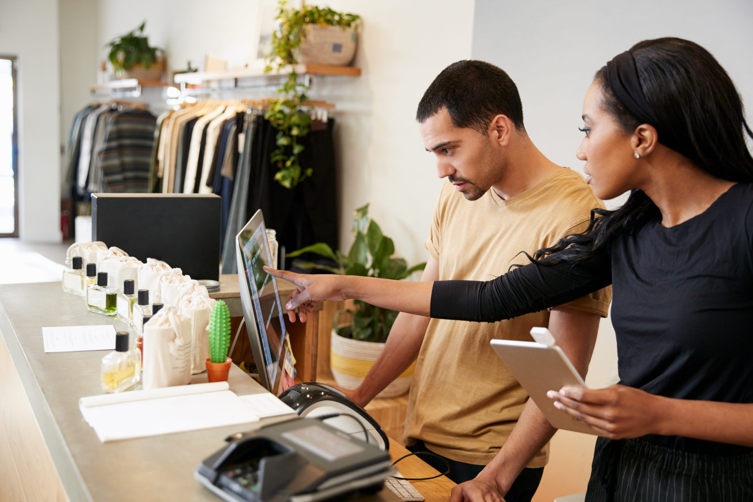 The right POS software can great simplify labor cost management