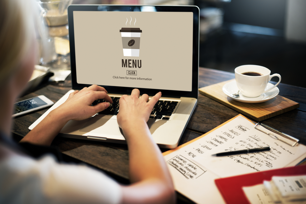 You can set up an online ordering restaurant more easily with the right POS
